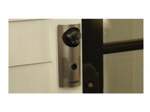 08 doorbot portier video 300x225 10 objets connectés pour une maison intelligente