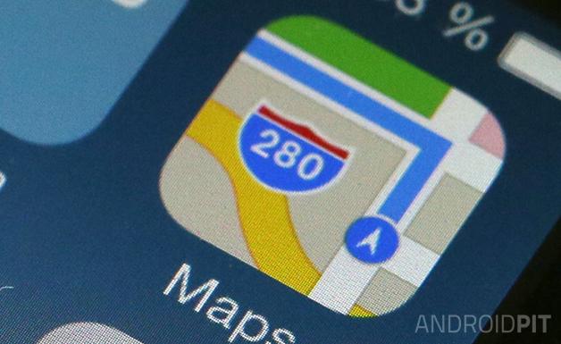 apple-iphone-5s-screen-retina-detail