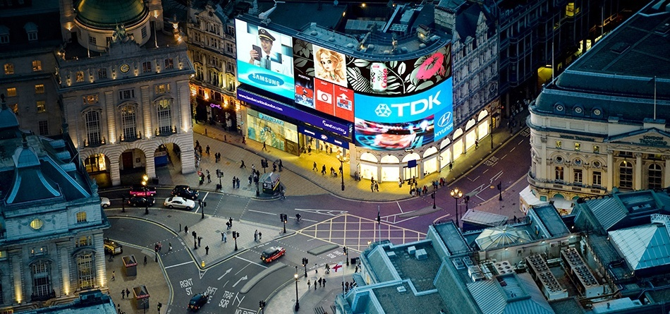 piccadilly-lights_02