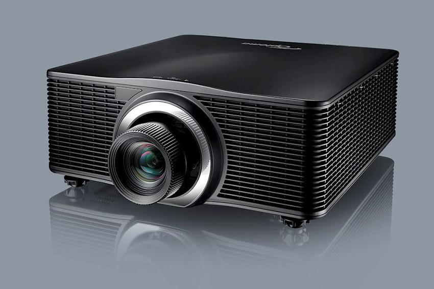 Optoma passe à 10.000 lumens sur la gamme ProScene