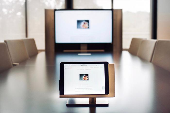 Viveroo Free Flex iPad corporate