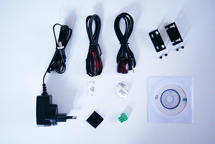 e-Boxx EFE-HDMI-120 accessoires livrés
