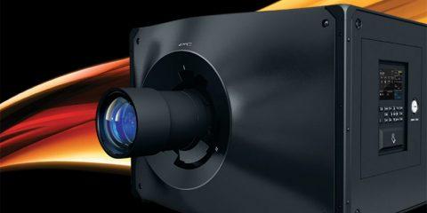 D4K40-RGB, le vidéoprojecteur 40.000 lumens le plus compact du marché