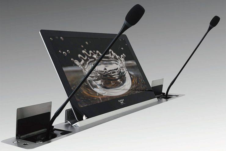 Element One Convers Dual Conmic : écran et double micro rétractables