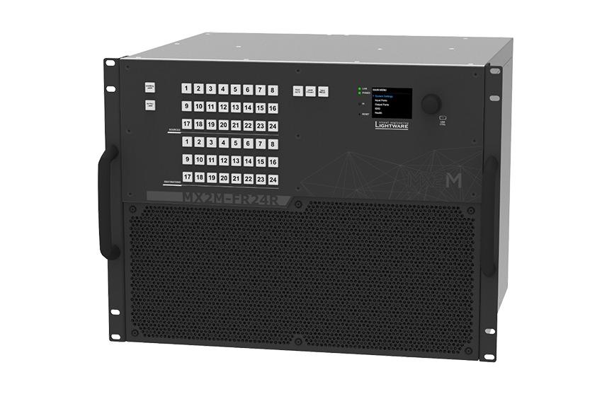 Lightware présente sa matrice modulaire MX2M-FR24R et ses cartes d'entrées/sorties multi-formats