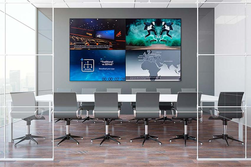 Christie UHD654-X-HR : le meilleur écran LCD pour des murs d'images grand format