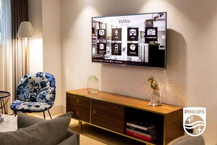 Le sans contact total dans l'hôtellerie grâce à Philips GuestConnect